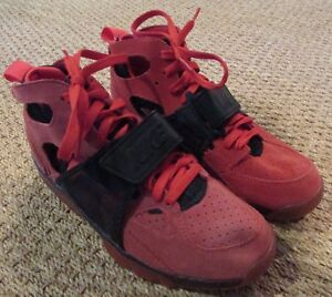 best sneakers 13488 8ed00 Image is loading Nike-Air-Trainer-Huarache-PRM-QS-Challenge-Red-
