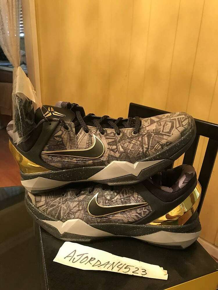 Nike Air Zoom Kobe Prelude System 7 VII Noir Grey Gold  Chaussures de sport pour hommes et femmes