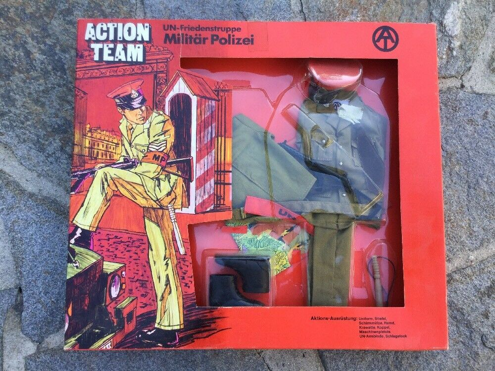 "GI Joe Action Team ""UN MILITARY POLICE"" Uniform 1970 HASBRO New In Box"