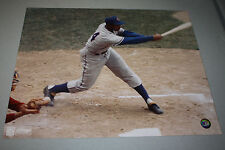 CHICAGO CUBS ERNIE BANKS UNSIGNED 16x20 PHOTO POSE 1