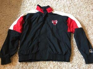 Vintage-Starter-NBA-Chicago-Bulls-Zip-Up-Jacket-sz-M-Black-Big-Logo