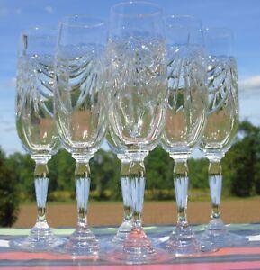 Service-de-6-flutes-a-champagne-cristal-taille-Les-grands-ducs-decor-de-draperie