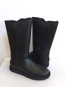 19c92a062a24 UGG CLASSIC TALL ABREE II CROC NERO BLACK LEATHER Boot US 7   EU 38 ...