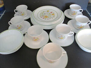 Image is loading CORELLE-SPRING-MEADOW-DINNERWARE-FLOWERS-LIME-GREEN-TRIM- & CORELLE SPRING MEADOW DINNERWARE FLOWERS LIME GREEN TRIM 37 PCS ...