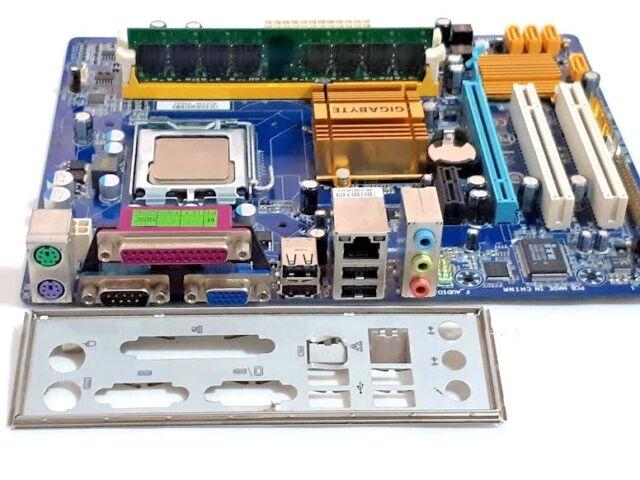 BUNDLE! Motherboard GIGABYTE GA-G31M-S2C 4GB DDR2 CPU INTEL Q8200 I/O Panel