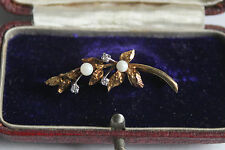 Sweet little vintage 9 ct gold sprig twig leaf pearl white stone brooch pin