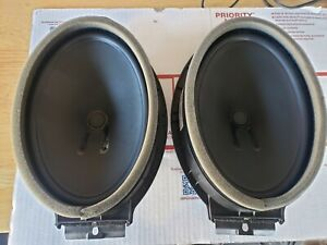 what size speakers go in a 2004 chevy silverado