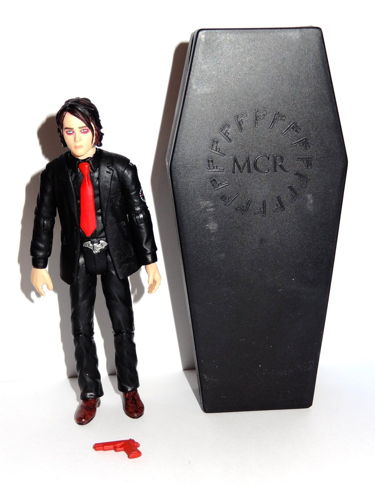 My Chemical Romance Revenge Gerard Way Action Figure with Coffin Vintage RareMCR