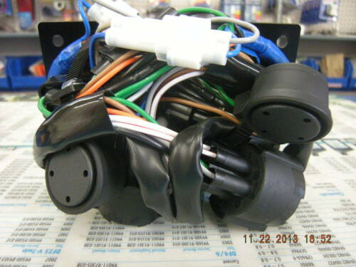 Suzuki Outboard Dual Ignition Key Switch Panel 37100-96J14