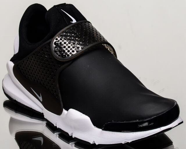 hot sale online 5effa a46f0 ... Running Shoes Size 7. About this product. Nike Sock Dart SE men  lifestyle casual sneakers NEW black white 911404-001