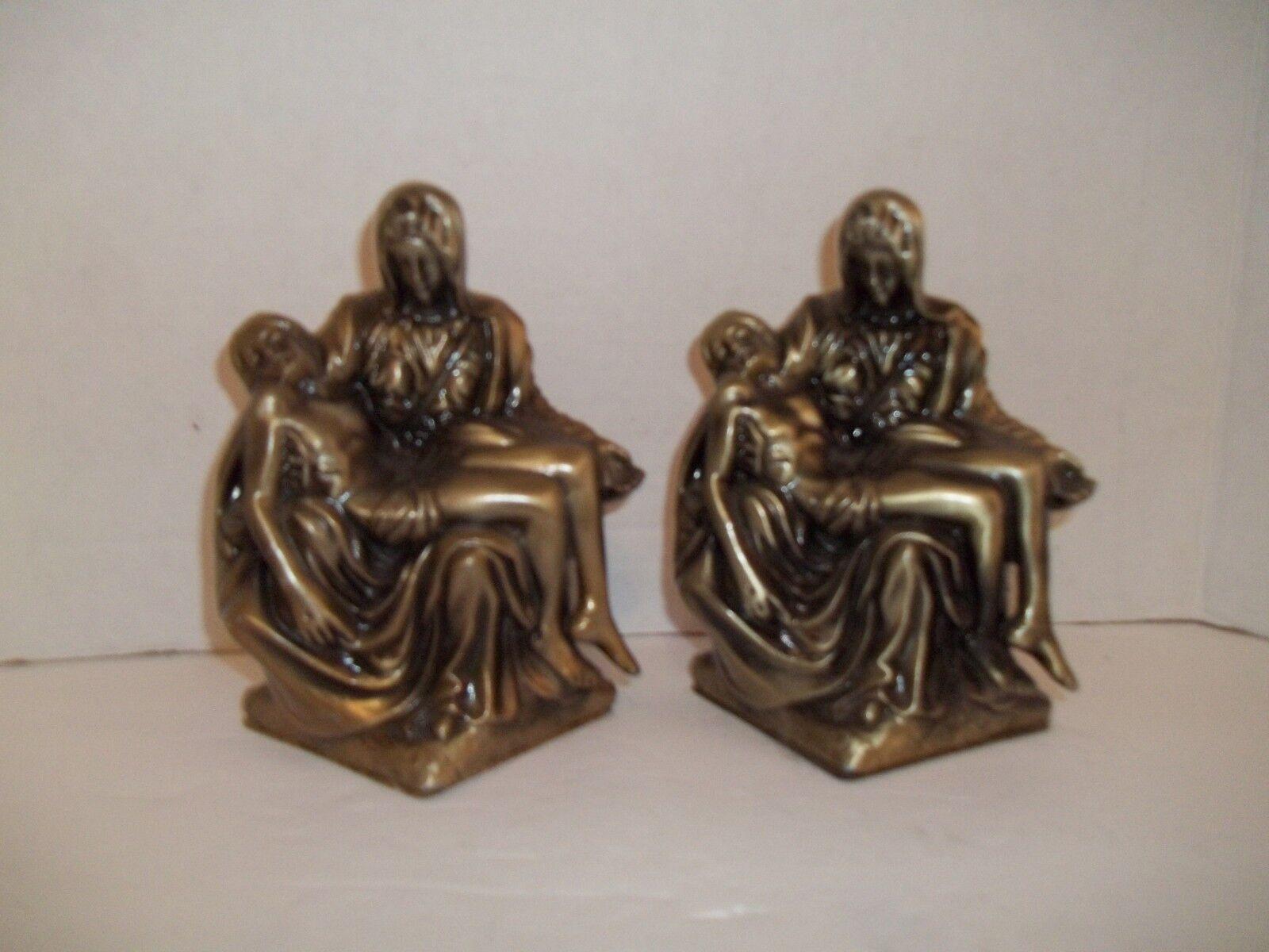 Vintage La Pieta Michelangelo Bücherstützen Gold Messing Ton Guss Metall Ostern