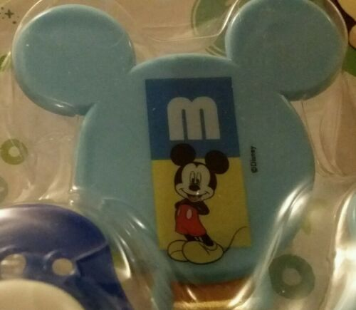 DISNEY BABY MICKEY MOUSE 3 PACK SET 2 ORTHODONTIC PACIFIER BPA FREE /& HOLDER SET