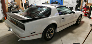 1986 trans am CERTIFIED!  in excellent shape 305, v8, A/C