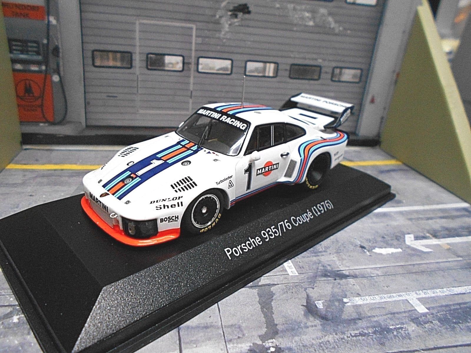 PORSCHE 935 Turbo  76  1 Mass Ickx Winner Dijon 1976 Martini Rac Minichamps 1 43