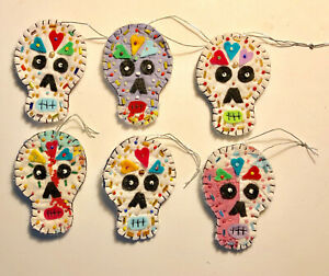 Set-of-6-Day-of-the-Dead-Dia-de-los-Muertos-Fanciful-Skeleton-Quilt-Ornaments