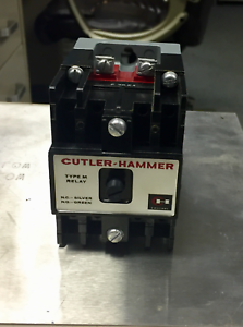 300V AC @ 10A  NEW IN STYROFOAM BOX CUTLER HAMMER TYPE M RELAY D23MB CONTACTOR