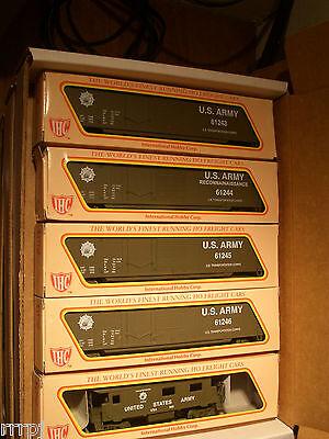 HO  IHC US ARMY TRAIN SET US ARMY 4 BOX CARS & CABOOSE  FOUR ROAD # BBM-1008 USA
