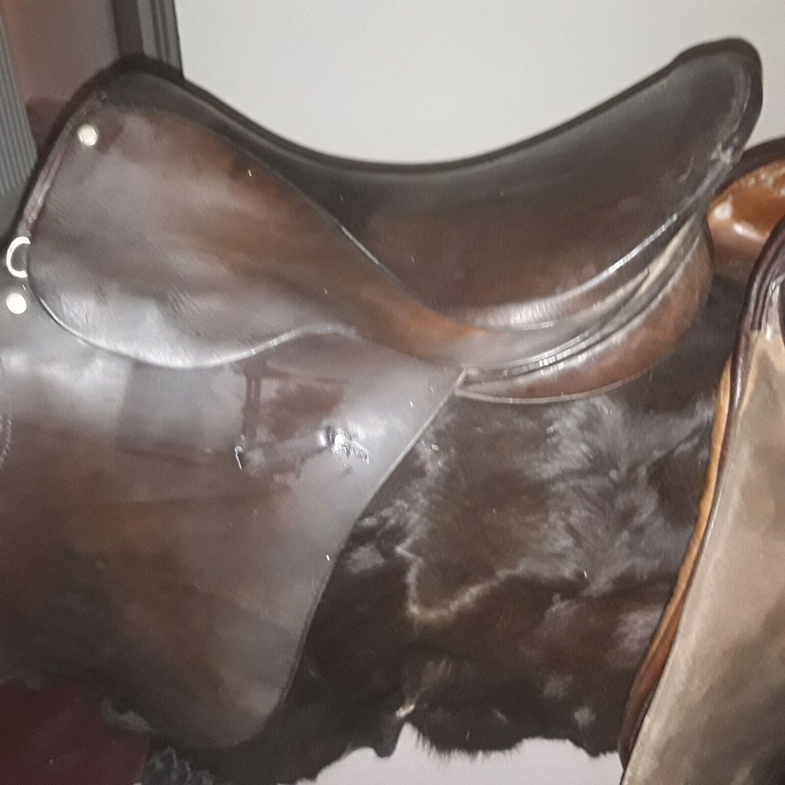 Enfglish Leather Saddle 17   Inch