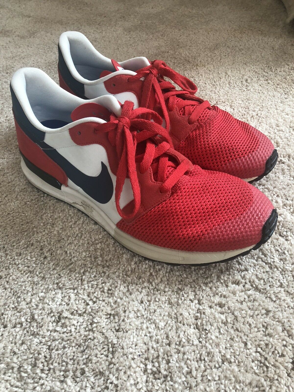 Mens Nike Air... size 12...great Condition