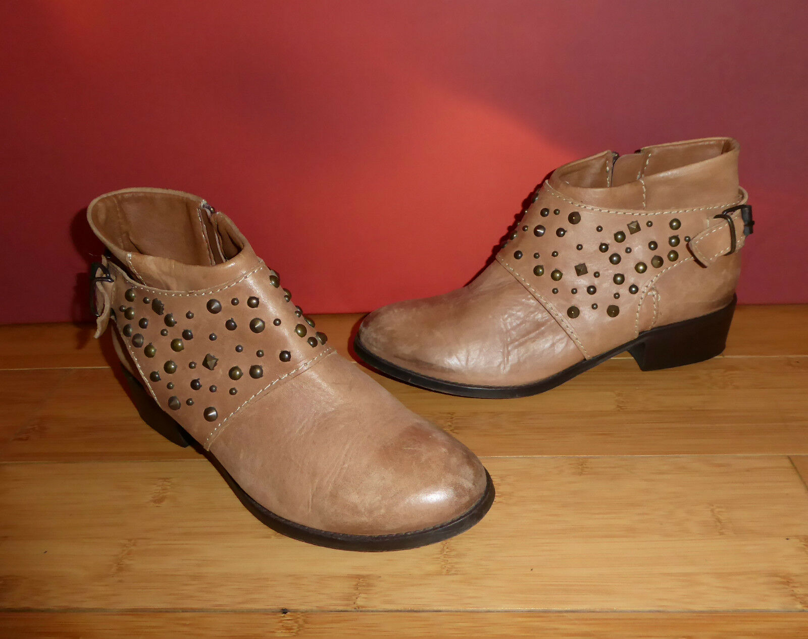*43* SUPERB RIVER ISLAND TAN LEATHER STUD ANKLE   BOOTS UK 3