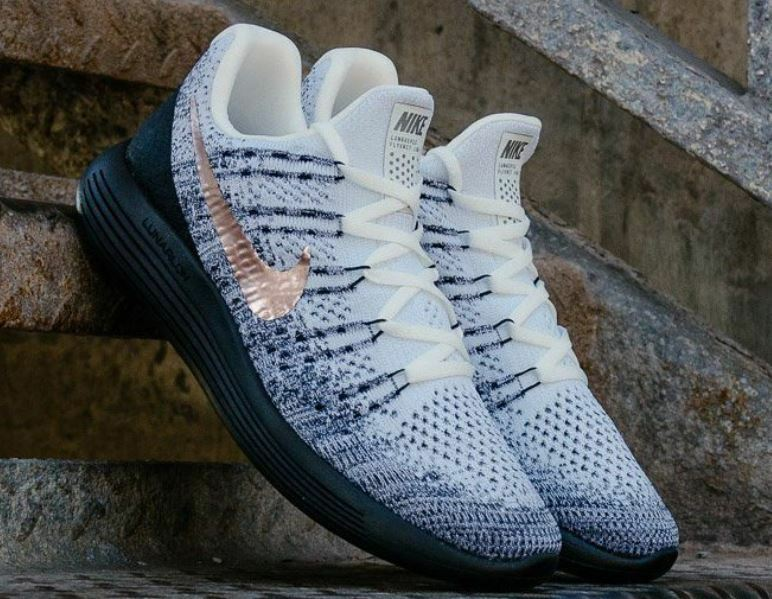 size 40 5ab1d 74071 Nike Men  LunarEpic LunarEpic LunarEpic Low Flyknit 2 Explorer Running Shoe  Trainers 904742 100 1005d7
