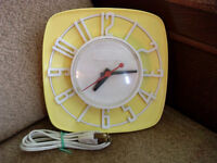 ***VINTAGE GENERAL ELECTRIC WALL CLOCK***