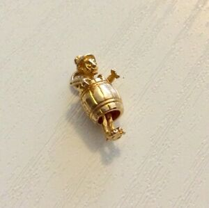 Good-Vintage-Solid-9-Carat-Gold-Man-in-a-Barrel-Charm