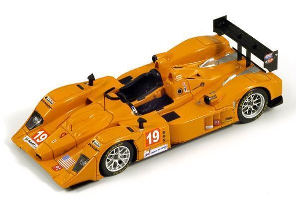 Lola B06 10  19 Lewis-Willman-Burgess  Le Mans  2010 (Spark 1 43   S2557)
