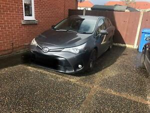 Toyota-Avensis-2016-spares-or-repairs