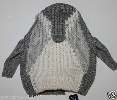 baby Gap NWT Boy/'s Girl/'s Gray Penguin 3-D  Sweater Knit Hat