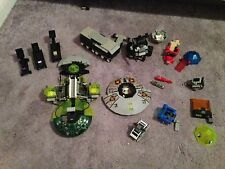 Lego: Large assortment of tank and spaceship pieces