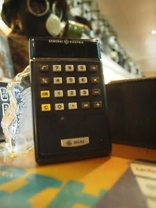 VINTAGE-GENERAL-ELECTRIC-MINI-CE-30-CALCULATOR-FOR-PARTS-OR-NOT-WORKING