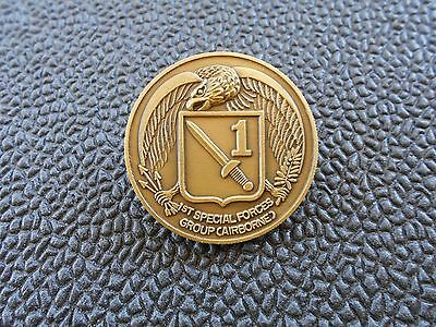 challenge coin  -         1st Special Forces Group    -    With Honor
