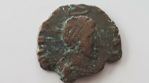 Roman-bronze-coin-of-Honorius-uncleaned-condition-condition-as-photos-L99n