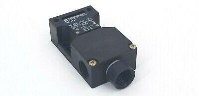 NEW SCHMERSAL AZ 16 ZVR SAFETY INTERLOCK SWITCH AC-15 230V 4A IEC947-5-1 VDE0660