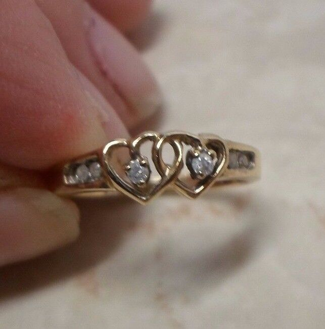 10K Solid Yellow gold & Genuine diamond Heart RIng Size 4.75