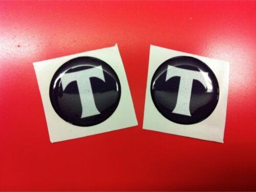 2 Adesivi Resinati Sticker 3D TRIUMPH T 30 mm