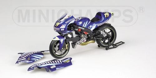 Minichamps Gauloises Tech3 Yamaha YZR500 2002 1 12 Olivier Jacque (FRA)