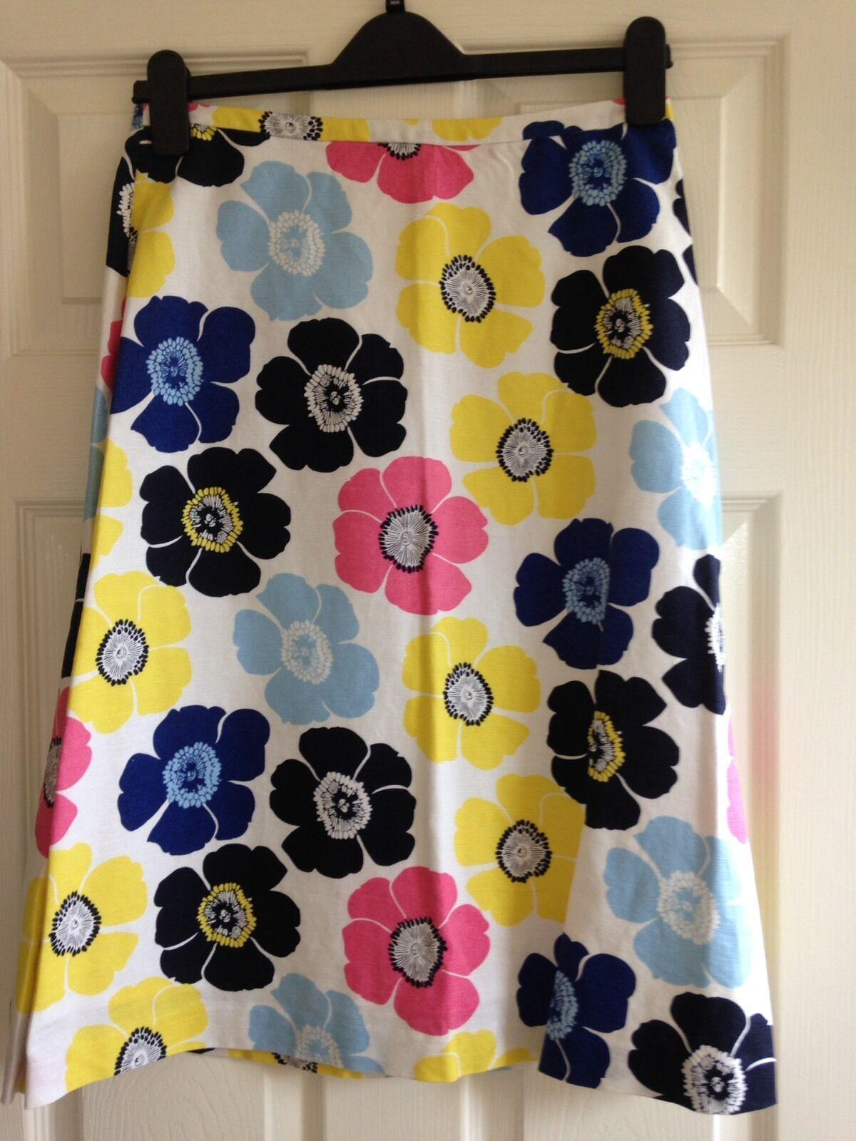 ae5e684b9df7 Laura Ashley Flower Linen Skirt