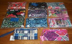 NWT-Vera-Bradley-RFID-FRONT-ZIP-WRISTLET-wallet-holds-iPhone-6-iPhone-7-iPhone-8