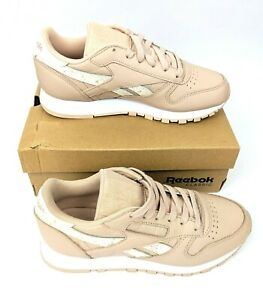 Reebok Shoes Classic Leather Wmn (sidestripes bare beigewhite)