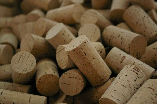 New 1250 Wonderful Premium corks for wine makers The finest corks in the market
