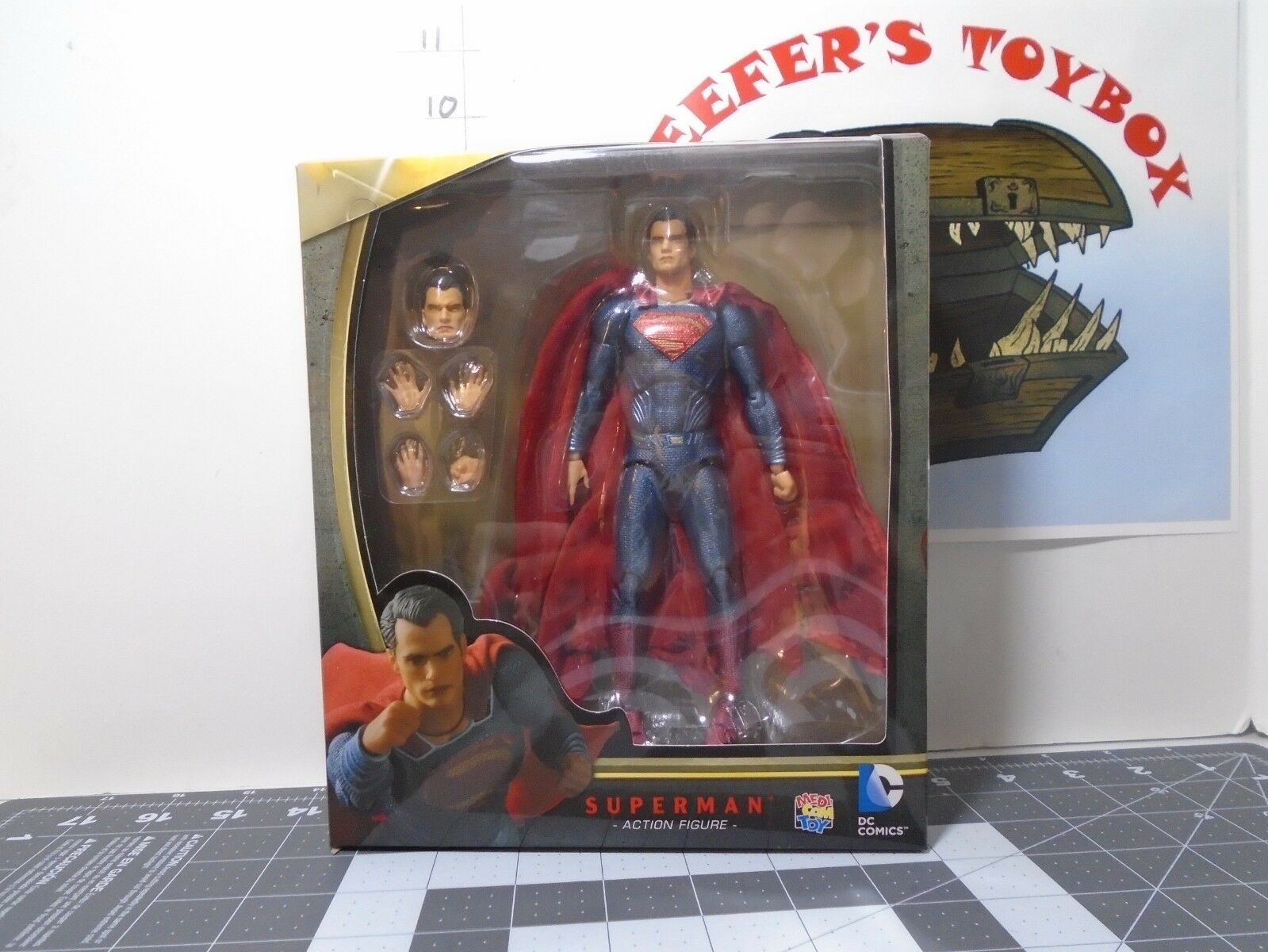 Mafex No. 18 SUPERMAN Superman Vs Batman, Displayed only, Complete
