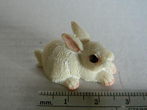 1//12th Escala resina de casa de muñecas conjunto de tres conejos Surtidos G5.3