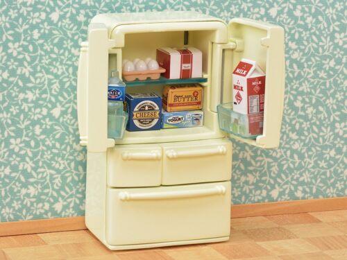 Sylvanian Families Calico Critters Refrigerator Set