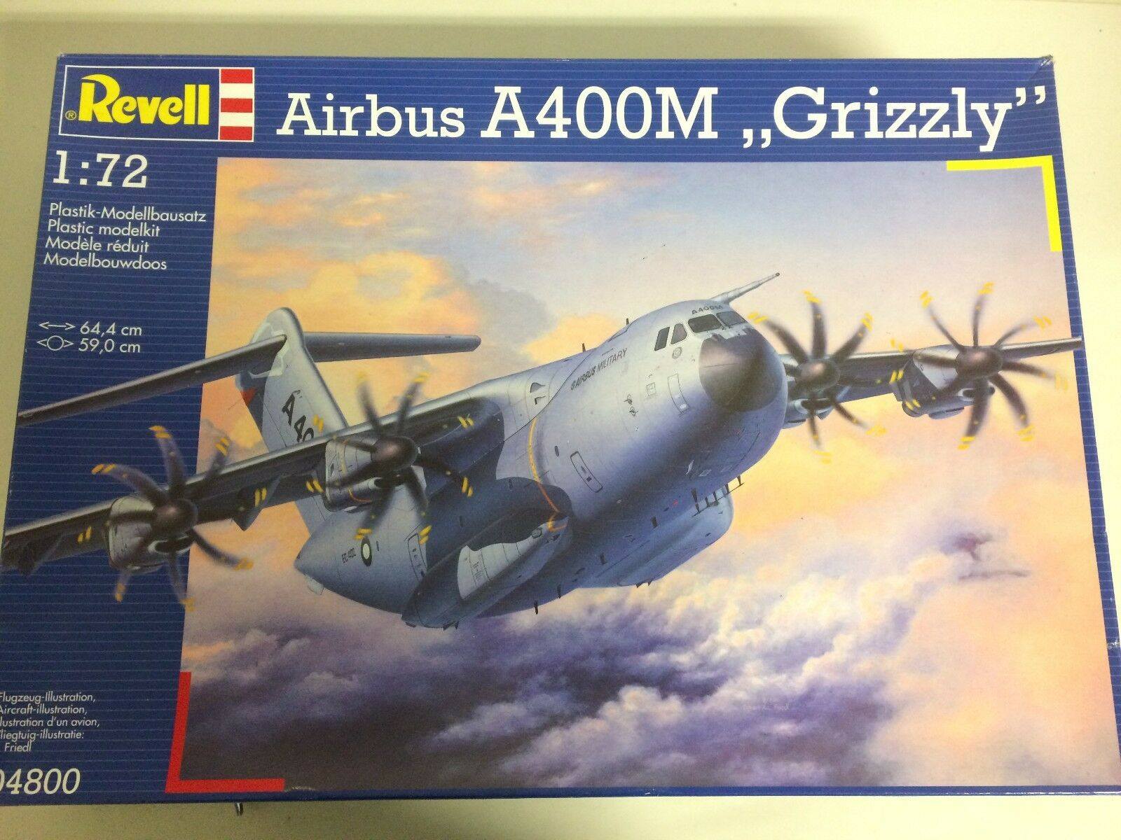 Plastic model kit scale 1   72 REVELL 04800 AIRBUS A400M GRIZZLY open damaged bo