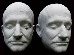 Robin-Williams-Detailed-Life-Mask-with-Ears-Lifecast