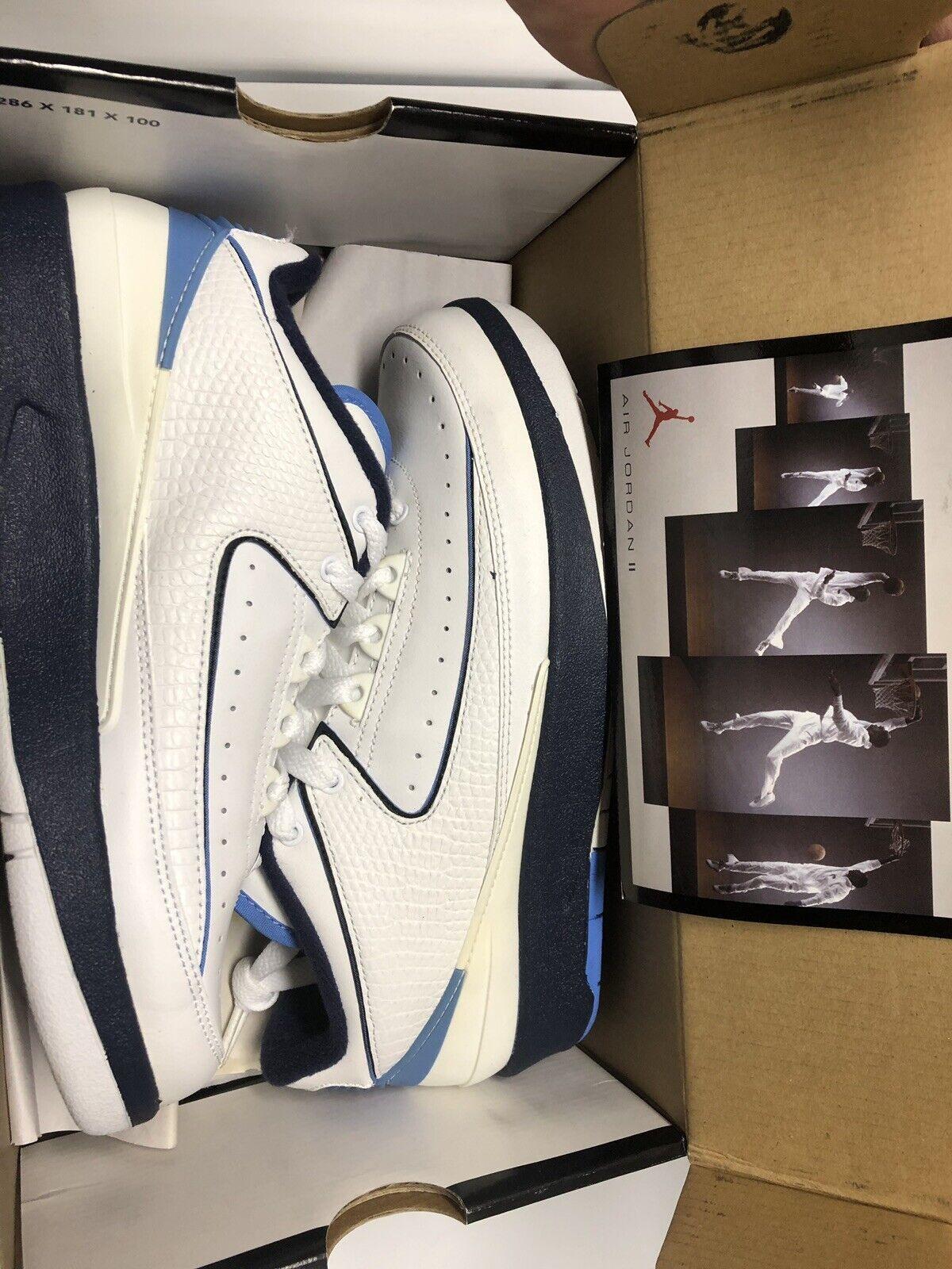 Air Jordan 2 Low DS Size 4.5 University bluee