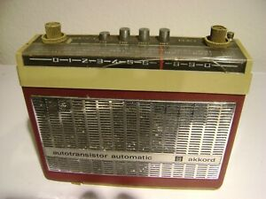 AKKORD-640-KOFFERRADIO-AUTOTRANSISTOR