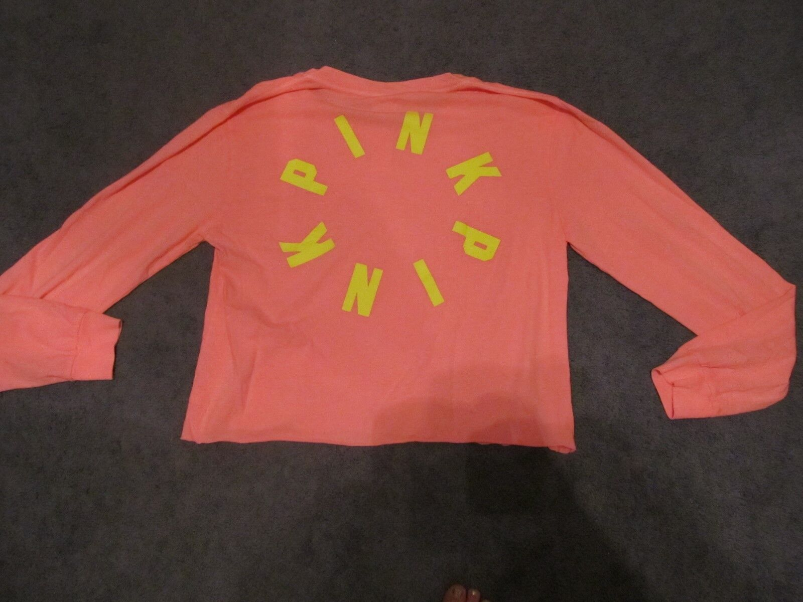 NWT VICTORIA'S SECRET PINK CAMPUS LONG SLEEVE CROPPED TEE LARGE